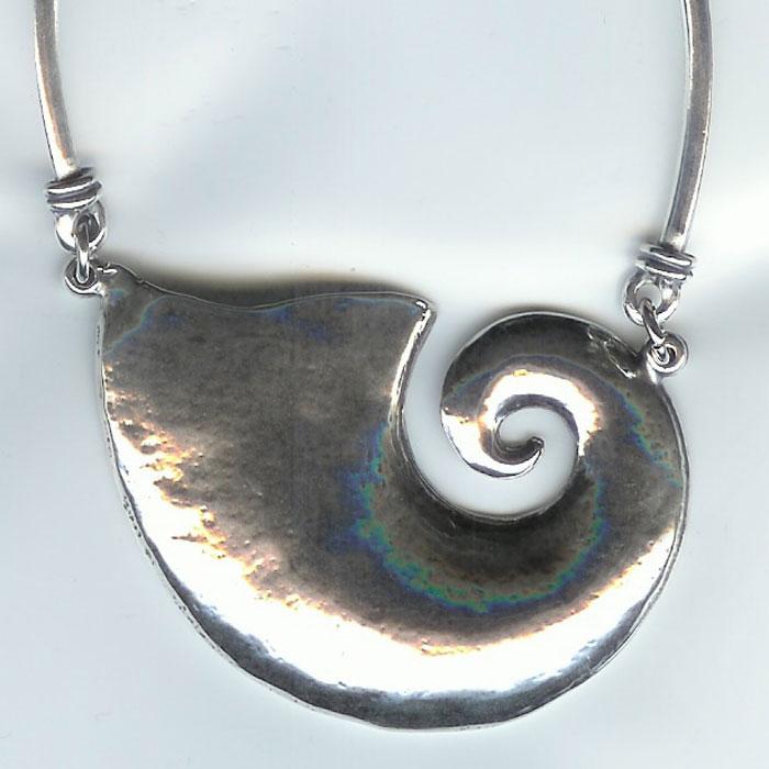 horn of plenty necklace calypso flash